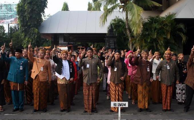 Kumpulan Pakaian Adat yang Terdapat di Indonesia